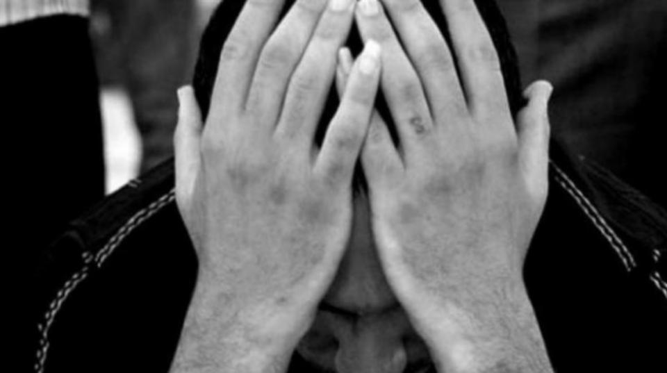 Kenali Sinyal yang Menandakan Keinginan Bunuh Diri Beserta Cara Mencegahnya