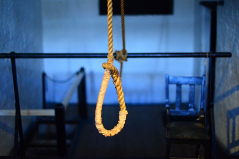 Pencegahan Aksi Bunuh Diri pada Suatu Komunitas
